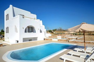collection_plaka_villas_naxos
